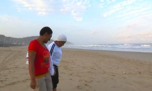 PB 5 Lovers on the beach
